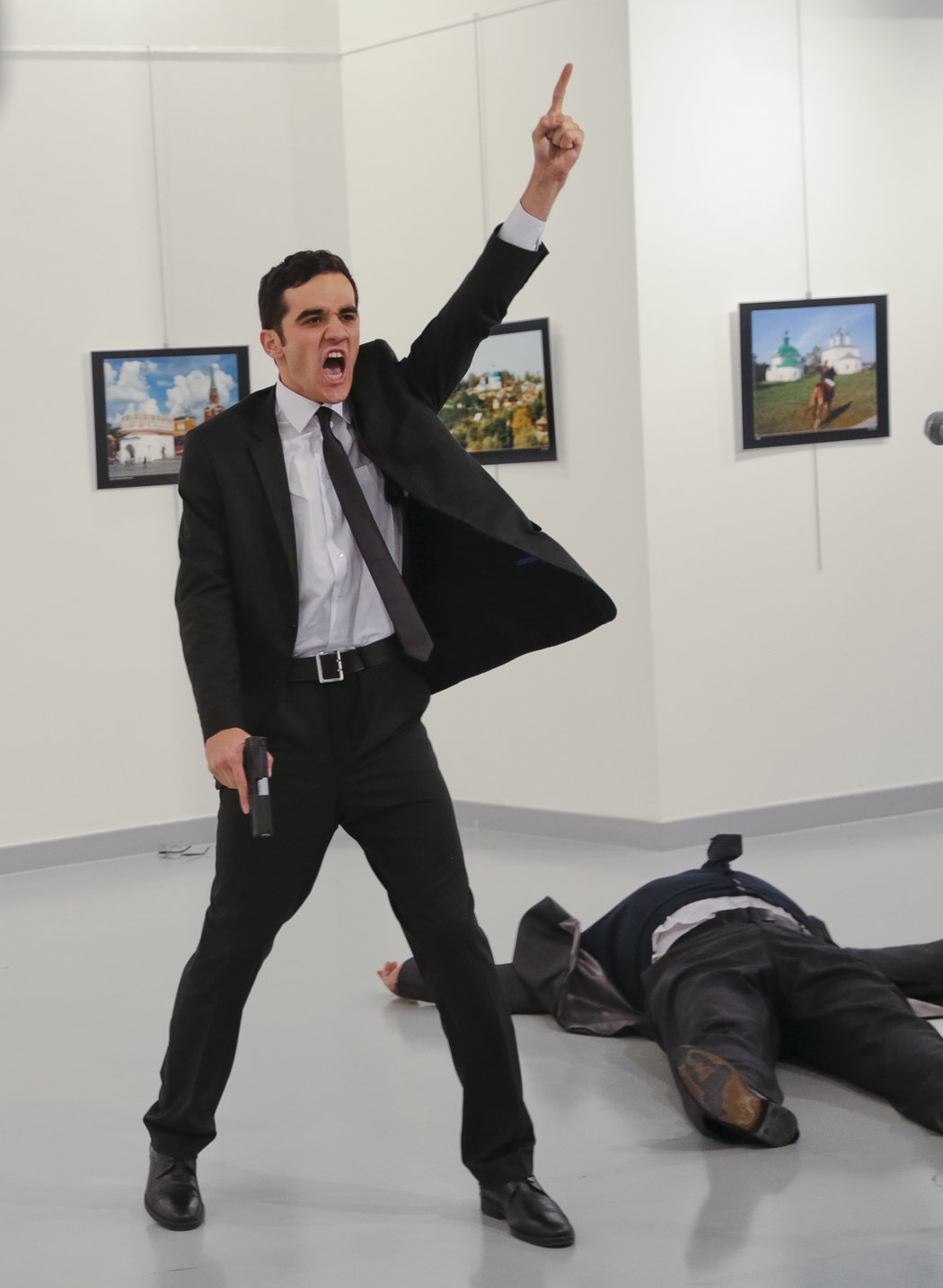 The assassination of the Russian ambassador to Turkey. Copyrighted Image. For informational use only. http://www.nytimes.com/interactive/2016/12/22/sunday-review/2016-year-in-pictures.html?_r=2